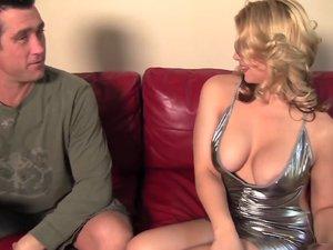 Pornstar Sarah Vandella finds out guy has huge dick