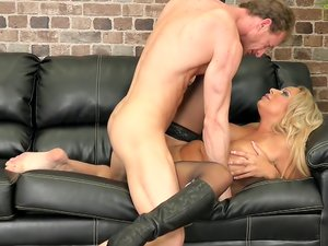 Riding And Fucking That Cock LIVE