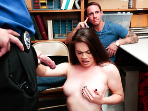 Shoplyfter – Case No. 3316892