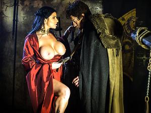 Brazzers - Queen Of Thrones: Part 2 (A XXX Parody)