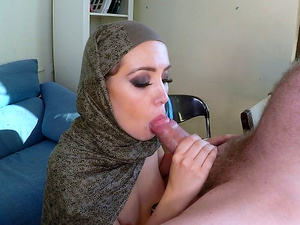 Extraordinary arab woman is enjoying a fat piston throbbing in her wet vagina