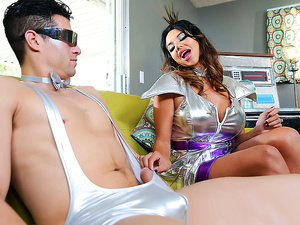 Brazzers – The Future Family's Fuck Robot: Part 2