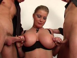 Threesome Fucking Hot Blonde Lady
