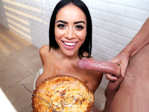Pervs On Patrol – Thanksgiving Voyeur