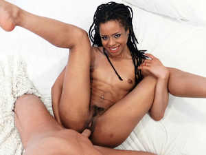 Ebony Sex Tapes – Abs and Ass on Thin Babe Kira