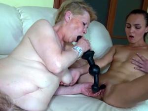 iAmPorn - Slim babe and granny sucking cock