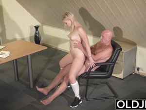 Barely Legal Teen Riding Old Man Cock and Sucking dick