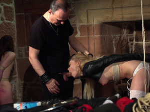 Candee and Noa hardcore BDSM their ass is red from slap