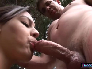 Dirty Tranny Hooker Gets Fucked Outdoor