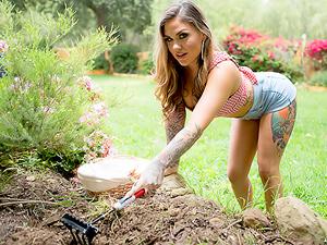 The Cum-Soaked Gardener