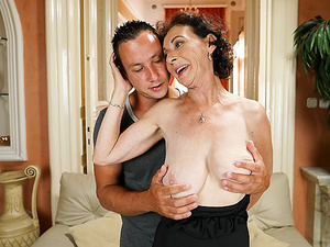 She Fucks Like A Pornstar