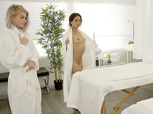 Sapphic Spa Day