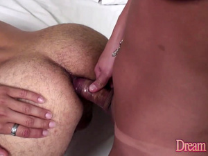 Torrid Tgirl Isadora Venturini and Her Boyfriend Bang Each Others Butts Raw