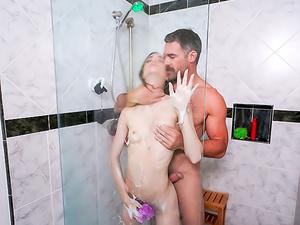 The Art Of Shower Fucking
