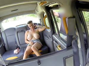 Bouncy big tits give sloppy titwank
