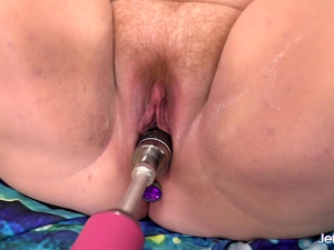 Frisky Fatty Julie Ann More Has Her Pussy Reamed by a Dildo Machine