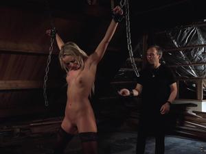 Hot slave gets punished in Master's cave