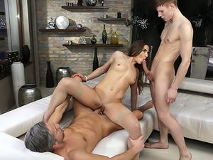 Nicole's Double Penetration Threesome