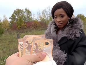 Kiki Minaj Fucked Outside