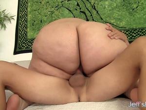 Massive BBW Erin Green Bounces Her Huge Ass as She Rides a Hard Cock