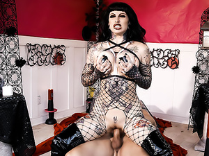 Evil Oil - Jessie Lee
