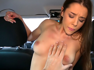 Sexy minx hot mouth filled with cum
