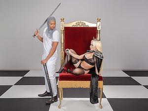 Capture The Queen