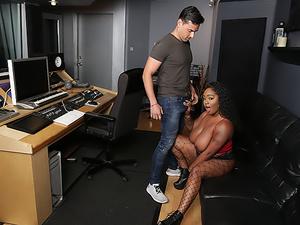 Studio Sweetheart