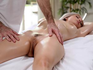 Massage Therapy - Passion HD!