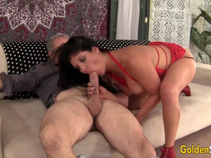 Golden Slut - Experienced Matures Suck Big Dongs to Perfection Compilation