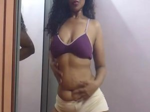 INDIAN SEX VIDEO OF AMATEUR BABE HORNY LILY