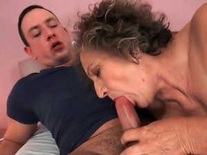 Mature Porn Video No Time To Waste