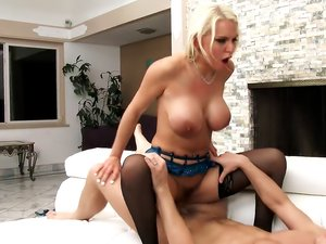 Big Titty Blonde Kenzie Taylor Can't Stop Fucking!
