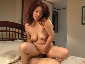 Eiko Hayashibara Sexy Mature Asian Babe Sucks Cock