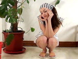18 Magazine Ivy Summer 01 erotic video
